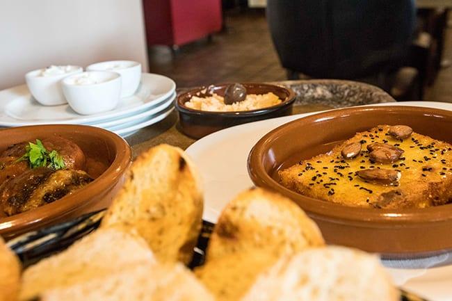 Verschiedene Speisen des Restaurants Mythos Lammhaus